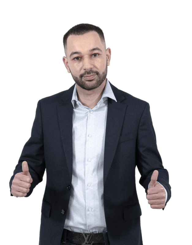 ali-oukassi-thumbs-up